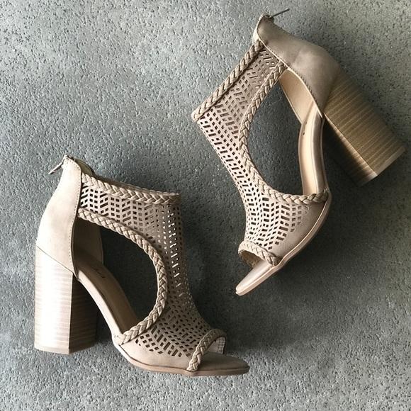 bcd79667b99 Soda Shoes Taupe Ravel chunky heel sandal